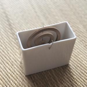 【無印良品の蚊取り線香】シンプルコンパクトなデザインがお気に入り!
