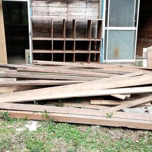 竹藪掘っ立てハウスの片付け終了です