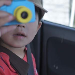 レビュー●VISIONKIDS 子供用一眼レフデジカメを購入した。子供の反応は…
