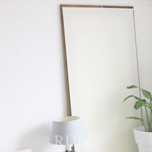 縁起の悪い寝室の鏡。ステキで簡単なカバー考察