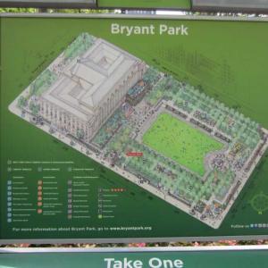 """ニューヨーク、ブライアントパークの""""The Lawn""""。カタカナにすると「ザ・ローン」。"""