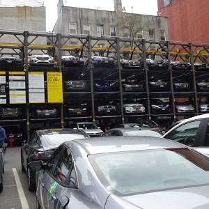 ニューヨークの駐車事情を知る。1時間止めたらいくらでしょう?