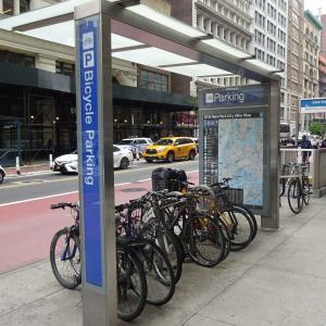 ニューヨークで自転車に乗るときに便利な「バイクボックス」は箱じゃない。