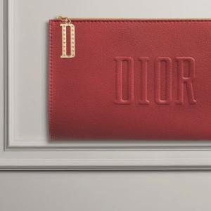 2021年9月Diorノベルティは「レッド フラット ポーチ」らしいよ【Dior】
