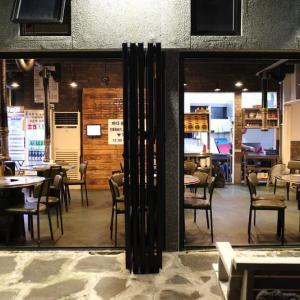 済州島の板浦里で美味しい黒豚焼肉が食べられるお店【海を見た豚(바다를본돼지)】