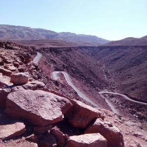 砂漠へ...