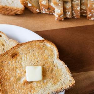 ダイエット中でもパンを食べる楽しみを捨てずにヤセる方法