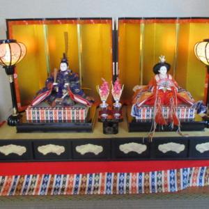 ヒナ飾り  & カップ麺 & クイズ