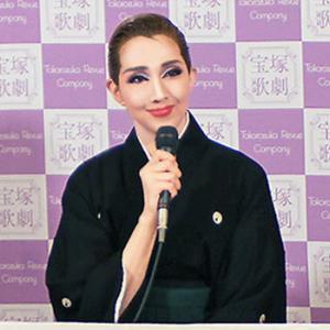 【宝塚】星組大千秋楽 トップスター紅ゆずる他4人が宝塚を卒業しました