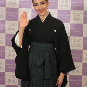 【宝塚】元星組トップスター紅ゆずる 退団後の初仕事は?