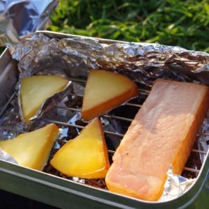 【キャンプ料理】簡単・本格派な料理方法お薦めレシピ「燻製」