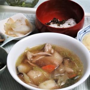10月23日の母の夕食 タラと鶏のお鍋など