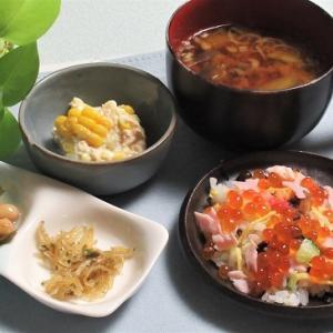 9月16日の母の夕食 ちらし寿司など