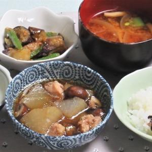 6月4日の母の夕食 大根と鶏肉の煮物など