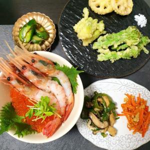 北海道からの【ボタンエビ&いくら丼】と【タラの芽天ぷら】