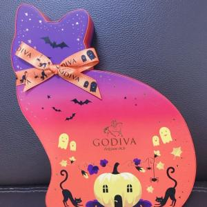 GODIVAネコ型箱チョコレート☆