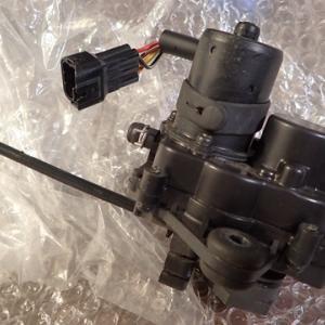 M!100S 排気バルブモーターの分解