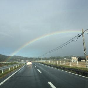 【ちょっと珍しい二重虹ぽい?】虹が出ていましたね~(画像あり)