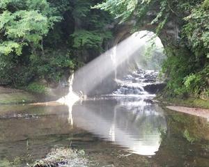 濃溝の滝のハートは朝のみシャッターチャンス!併設している入浴施設は温泉?【濃溝温泉 千寿の湯】