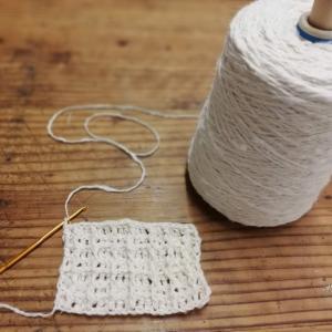 オーガニックコットンのガラ紡糸で編むエコたわし