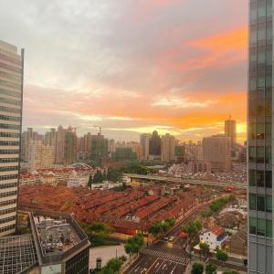 朝焼け、上海。