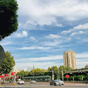 秋晴れ秋空〜上海の休日