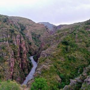 【Gorges de Daluis】赤褐色が美しいダリュイ峡谷