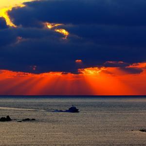 早朝の光芒、夕方の光芒