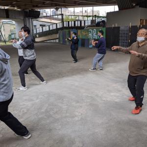 本日の鄭子太極拳青空教室の練習