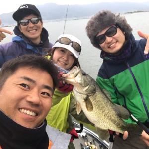 昨日は吉川夫妻&福島さんと!シャローで51頭に4本!