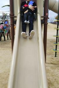 公園で遊ぶ(K86)