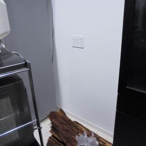 キッチン壁に★ウッドタイルをDIYの巻 その2