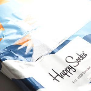 恋人へのギフトは、足元とアンダーに想いを込めて♡  スウェーデン生まれの靴下ブランド【ハッピーソックス】
