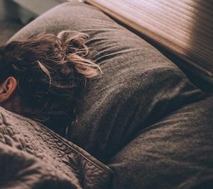 【体験談】耳栓で安眠!朝までぐっすり寝る利点とおすすめ紹介