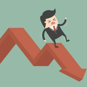 低迷するSPYDと小型株ETF【IJR】のチャートを調べてみたら驚いた件