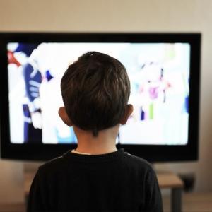 テレビなし育児と、葛藤。