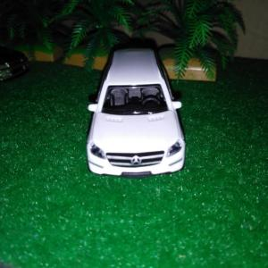 MERCEDES-BENZ GL CLASS [SUV Collection] S-1/67