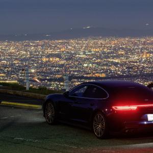 夜景スポットへ、ポルシェ パナメーラの写真を撮りに行ってきた。