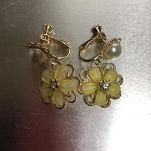 春色のイヤリングを買いました。♩