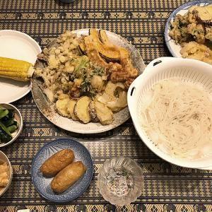 暑い時期にツルツルと美味しい「素麺」と揚げ立て「天ぷら」