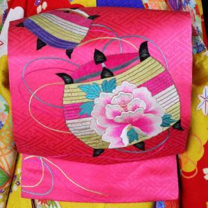 糸巻に牡丹刺繍 仕立て直しアンティーク名古屋帯