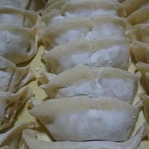 門際飯荘【姪浜】の持ち帰り餃子は竹原さんちの美豚+にんにくなしそしてパリッとモチモチ「もんぎわ生餃子」