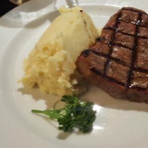 オーストラリアで、16ドルのステーキを食べてみた!