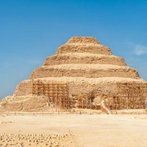 【古代文明】 最古のピラミッドからミイラが大量に発見され 万 マミーや