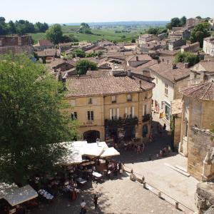 フランス&スペイン旅「ワインとバスクの旅!シャトーだらけの丘に中世の街並み。サンテミリオンの魅力は計り知れない」