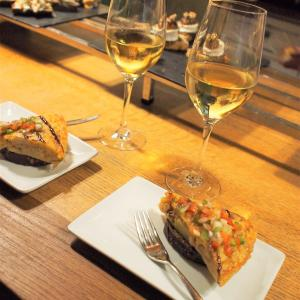 フランス&スペイン旅「ワインとバスクの旅!ビルバオ最後のバルめぐり!おしゃれトルティージャに舌鼓」