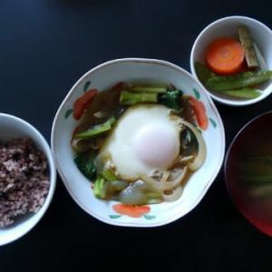 0301朝食:蕎麦屋のカツ煮的タマゴ煮