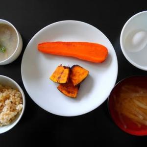 1022朝食:ニンジンとカボチャのグリルとハスのスープ