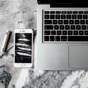 ポチレポ iPhone関連と、食品リピート品