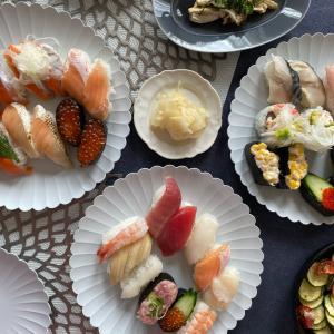 テイクアウトのお寿司を炙って楽しもう!!